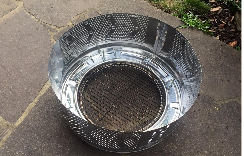 Gekürzte Waschmaschinentrommel mit passendem Grillrost