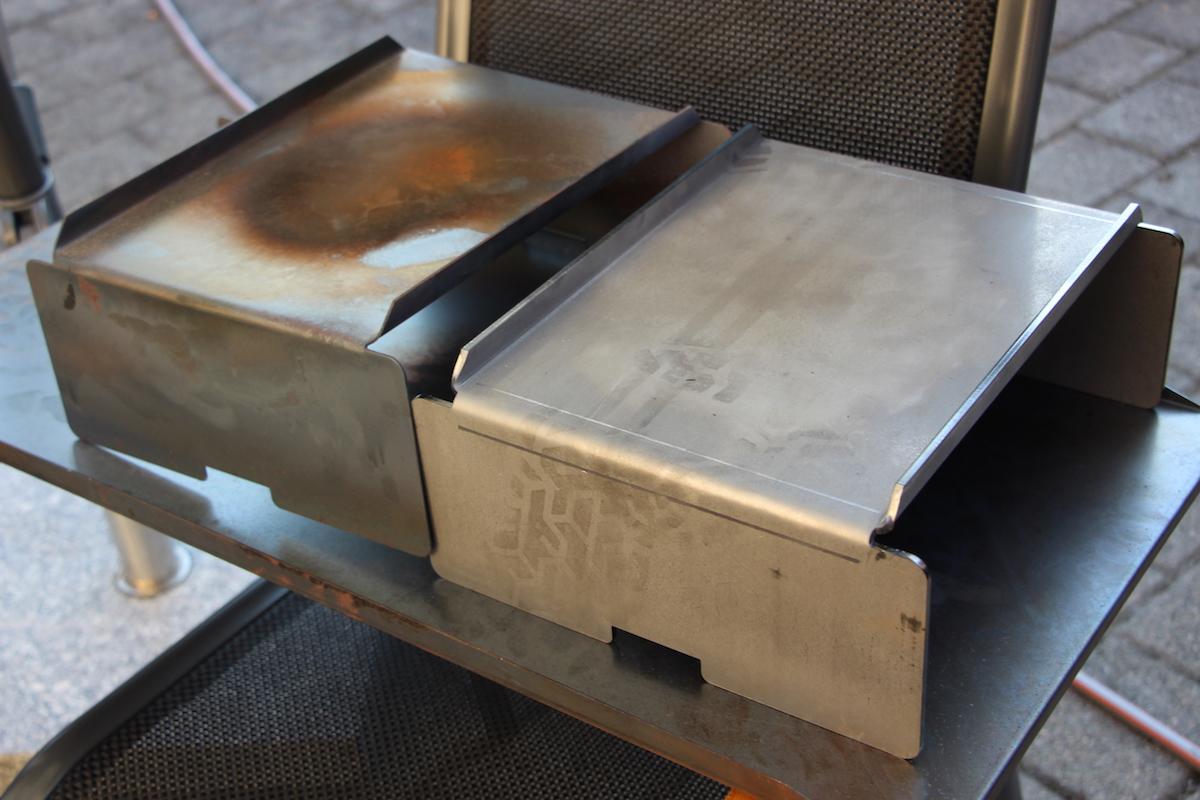 Links das originale, rechts das von BBQ-Scout angefertigte Hitzeblech