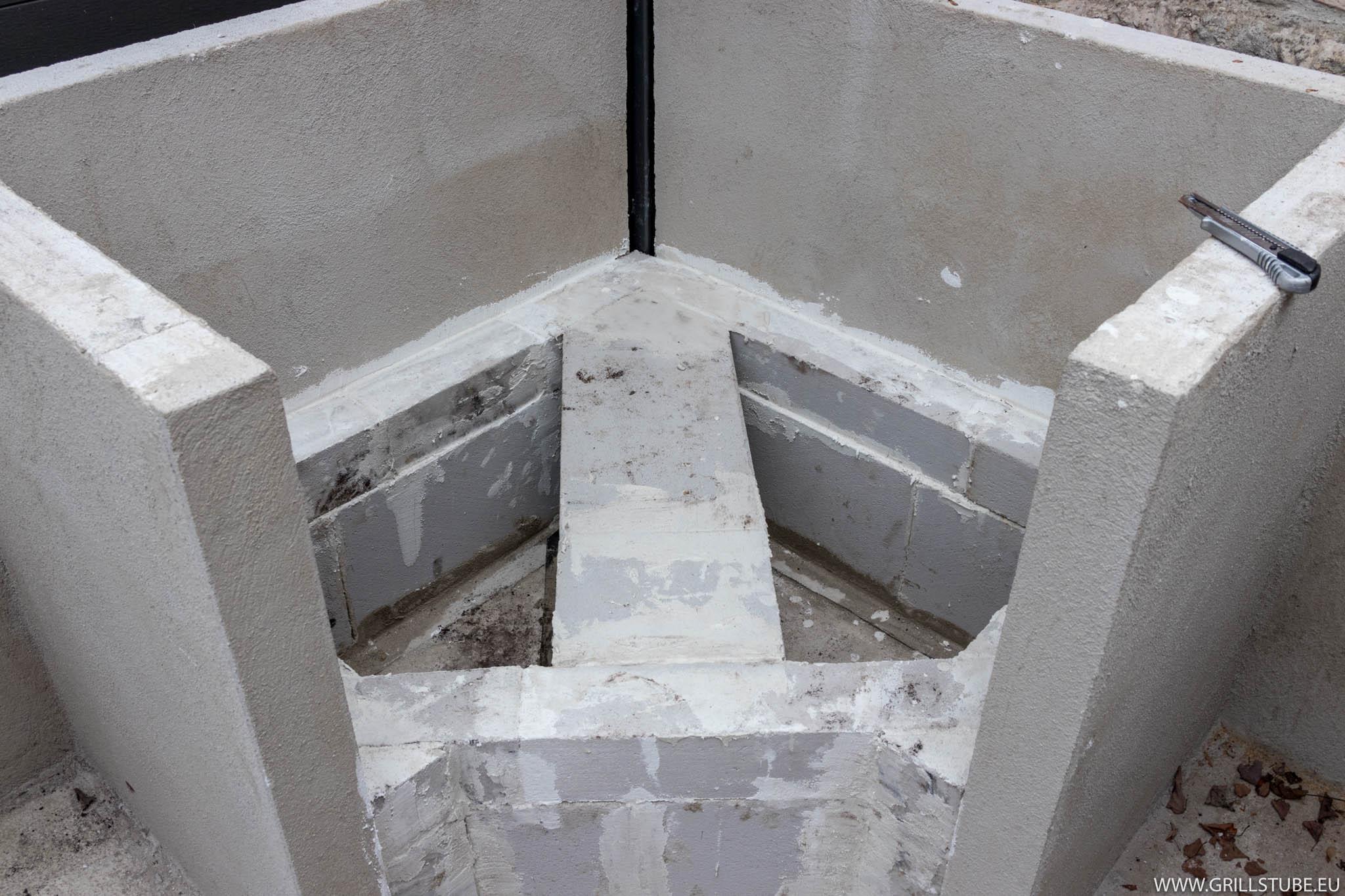 Outdoorküche Stein Facebook : Outdoorküche unterbau fürs podest keramikgrill andys