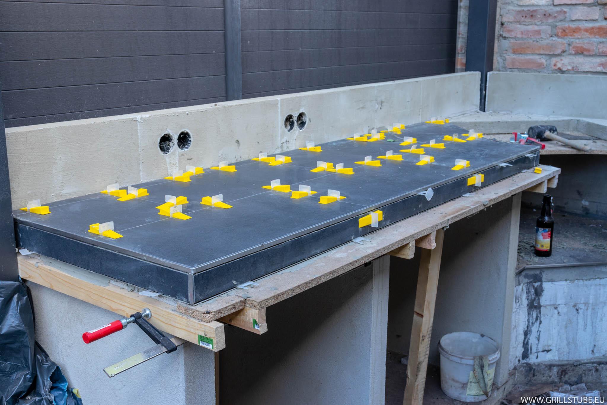 Outdoorküche Arbeitsplatte Test : Outdoorküche: arbeitsplatte fliesen teil 1 andys grillstube 2.0